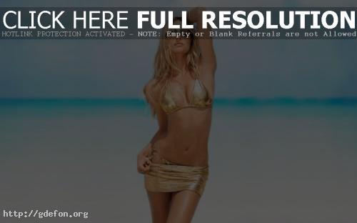 Обои Candice Swanepoel в золотистом купальнике фото картики заставки