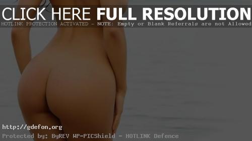 Обои Фото девушки спиной у моря фото картики заставки