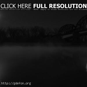 Мост, туман, ночь, черно-белое