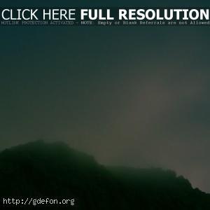 Скалы, туман, небо