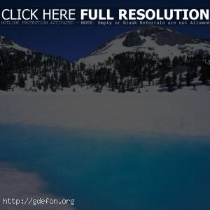 Зима, горы, река