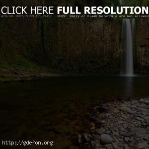 Водопад, камни, река
