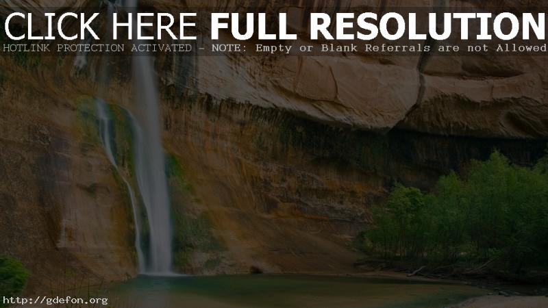 Обои Водопад, скала, деревья фото картики заставки