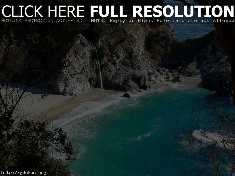 Обои Скалы, деревья, лазурь, водопад фото картики заставки