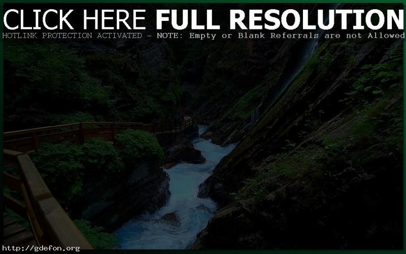 Обои Река, тропа, ущелье, водопад фото картики заставки