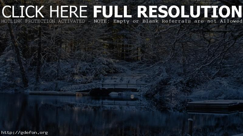 Обои Снег, вода, деревья, озеро, мост фото картики заставки