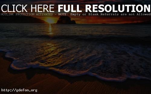 Обои Красивый закат на морском побережье фото картики заставки