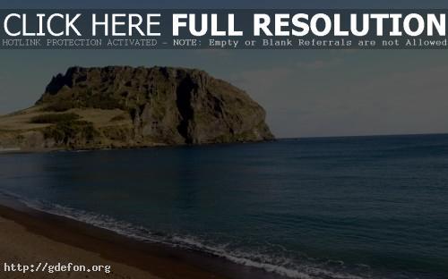 Обои Скала на побережье фото картики заставки