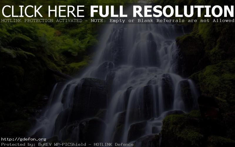 Обои Водопад, камни, растения фото картики заставки