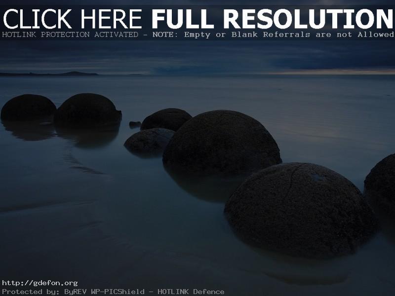Обои Камни, шары, берег, облака фото картики заставки