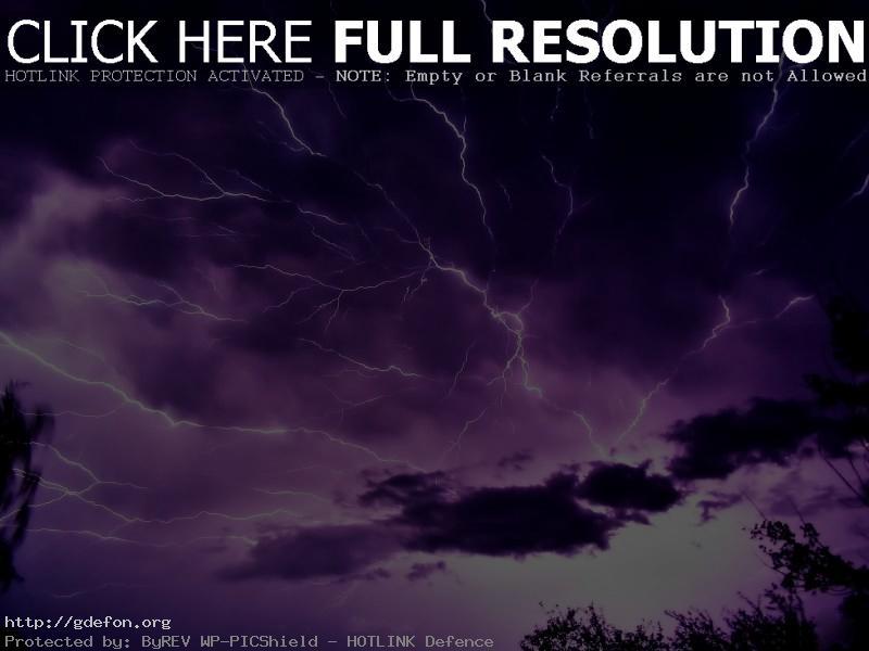 Обои Разряд молнии на небе фото картики заставки