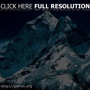 Суровые горные вершины
