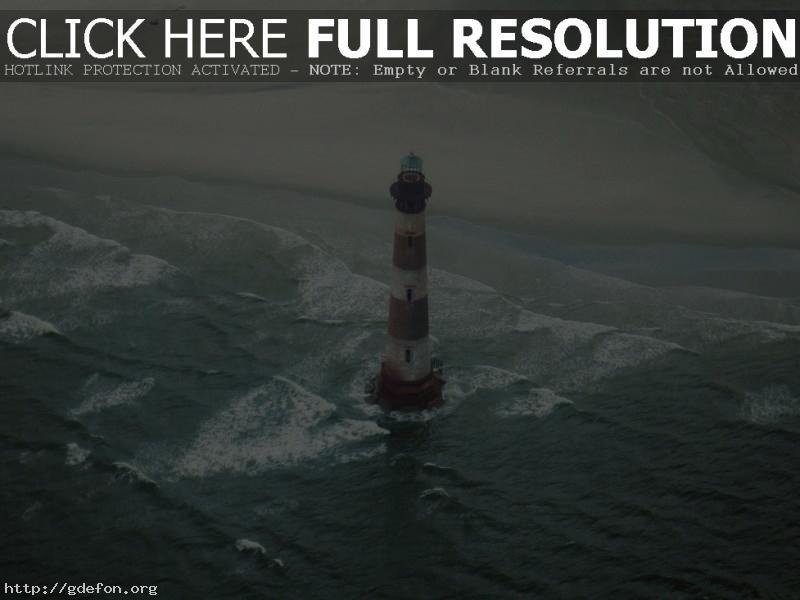 Обои Маяк на берегу моря фото картики заставки