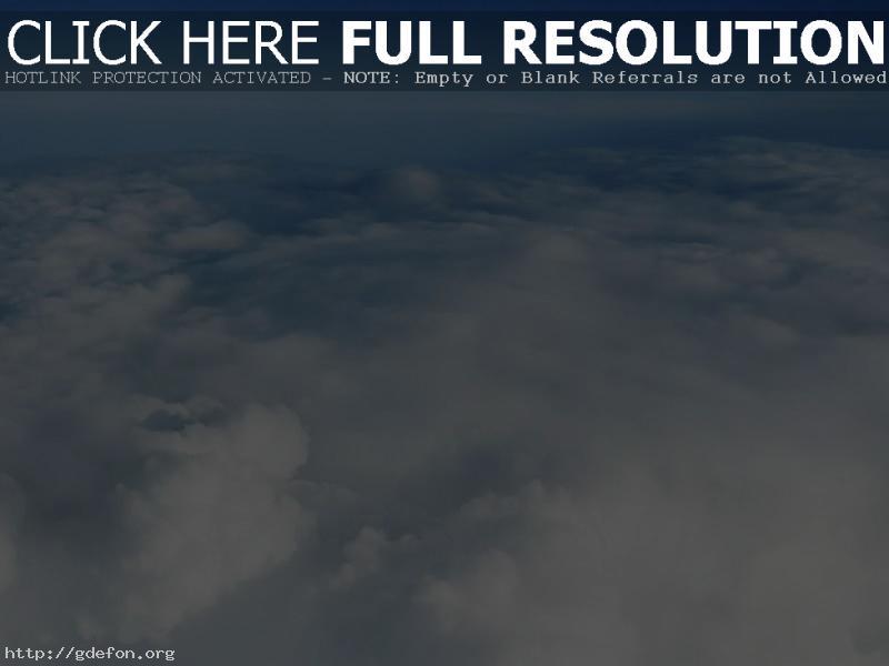 Обои Голубое небо над облаками фото картики заставки