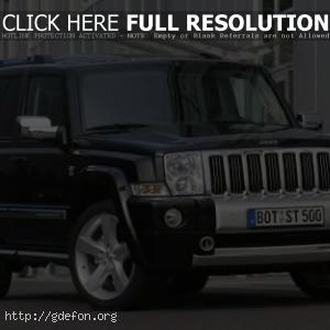 Чёрный Jeep Commander FA