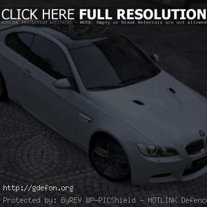 Белый BMW M3 Coupe