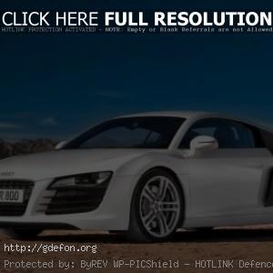 Audi R8 в пустыне