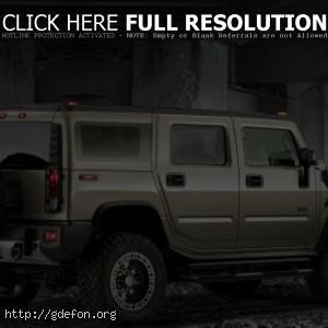 Hummer H2 серый, сзади