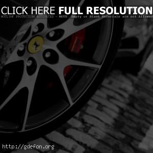 Ferrari колесо