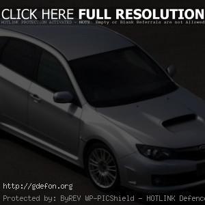 Subaru Impreza WRX STI серебристая