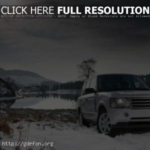 Land Rover на снегу