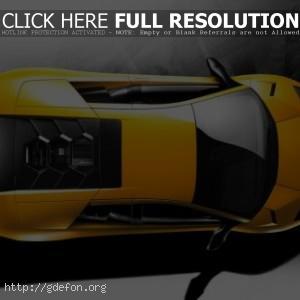 Желтый Lamborghini, вид сверху
