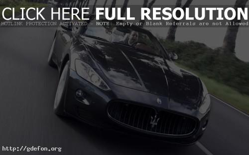 Обои Maserati на дороге фото картики заставки