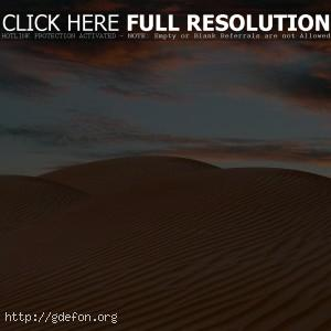 Пустыня, небо, жара