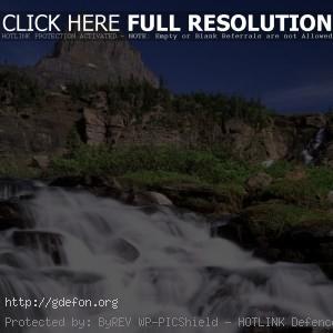 Водопад, горы, деревья