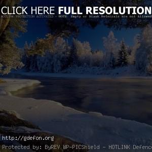 Зима, лед, река