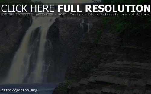 Обои Водопад на скалах фото картики заставки