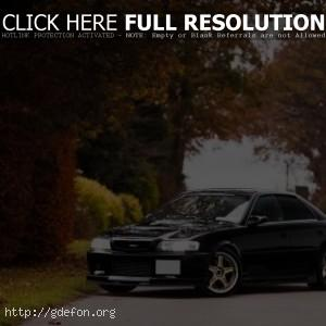 Черный Toyota Chaser