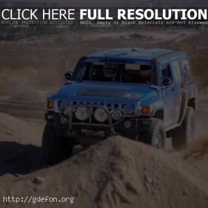 Hummer H3, гонки по бездорожью