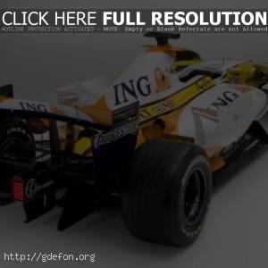 Renault F1 R28, сзади