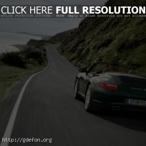 orsche Carrera S зеленого цвета