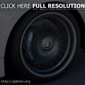 BMW колесо в момент вращения
