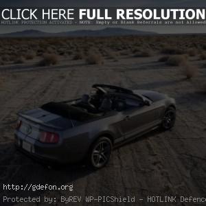 Mustang с открытым верхом