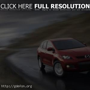 Красная Mazda CX-9