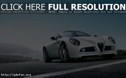 Обои Белая Alfa Romeo фото картики заставки